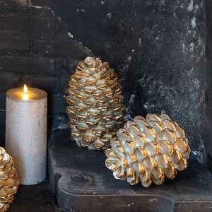 Pinecone Gold 23, gold finish, H23x17.5cm, Polyresin, indoor, gold,