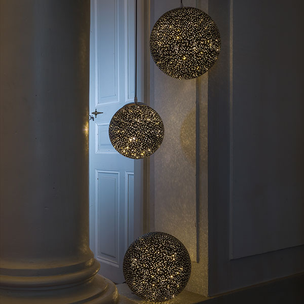 Glamour Ball schwarz , 60LED ww, D30cm, 4.5V/1.35W - 5m Kabel, indoor, schwarz, warmweiss,